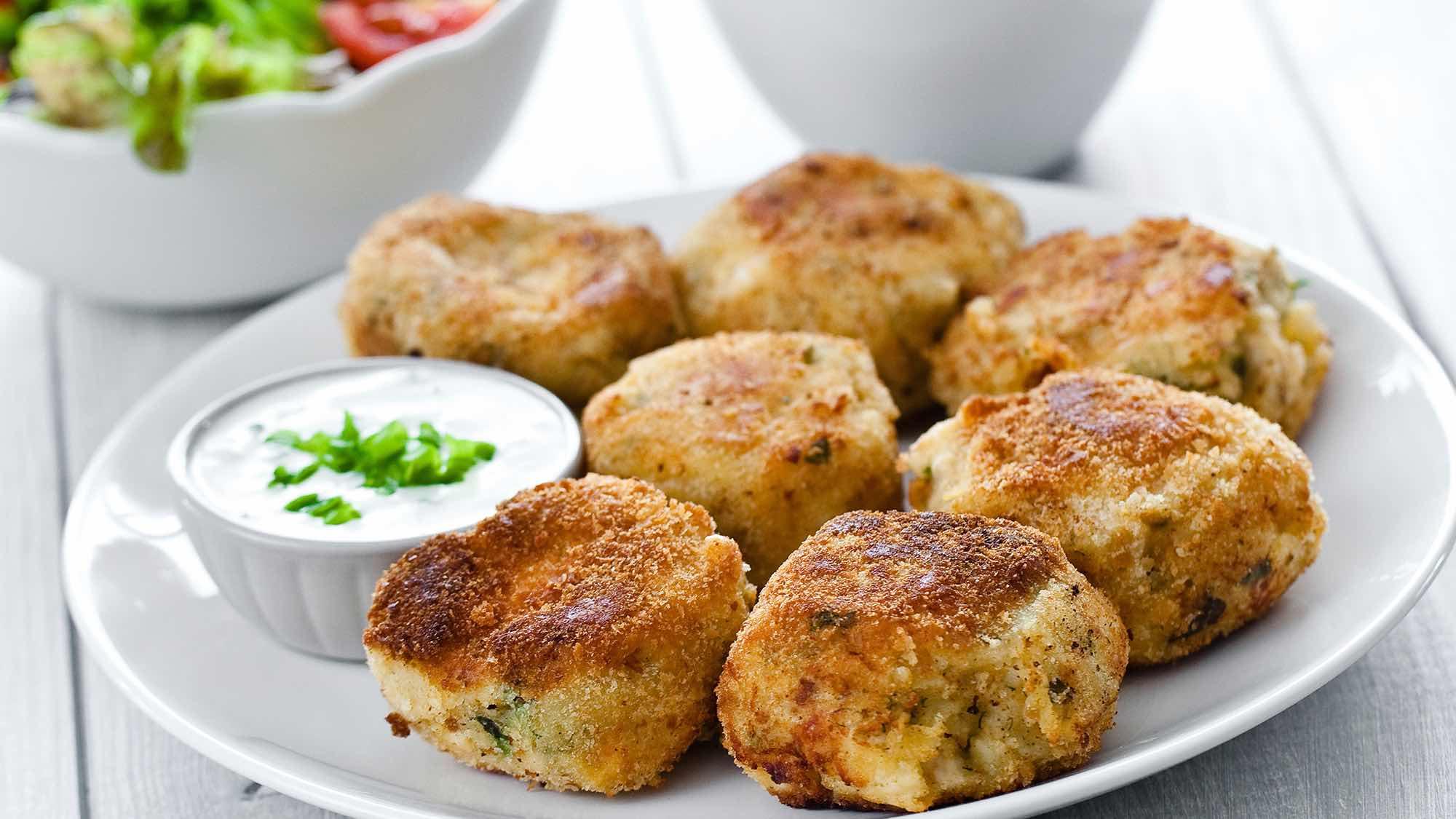 Картофельные котлеты с грибной подливкой пошаговый рецепт